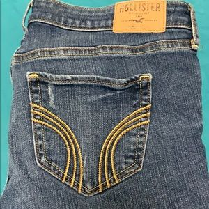 Hollister skinny jeans with destroy size 9